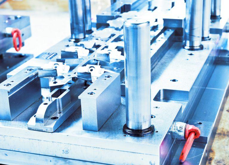 Konstruktion und Bau von Werkzeugen